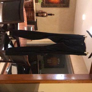 Lulu Black yoga pants